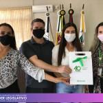 Visita dos representes da Sicredi Alto Uruguai RS/SC/MG – Unidade de Planalto/RS - Gerente Vanderlei Argenta e a Gerente de Negócios Pessoa Física Lucilene Basso.